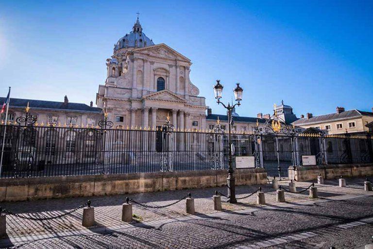 Visiter le quartier latin et le Val de grace