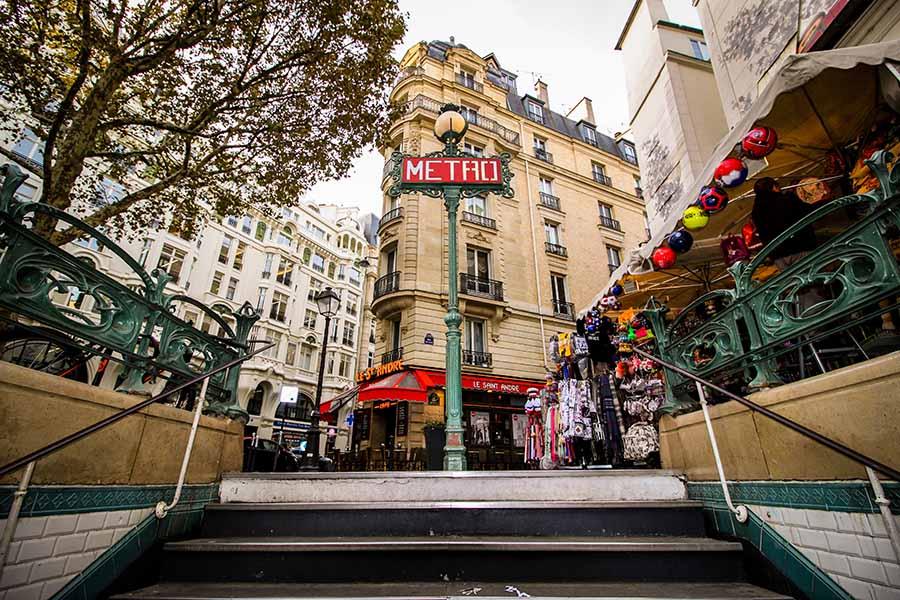 métro saint andré des arts