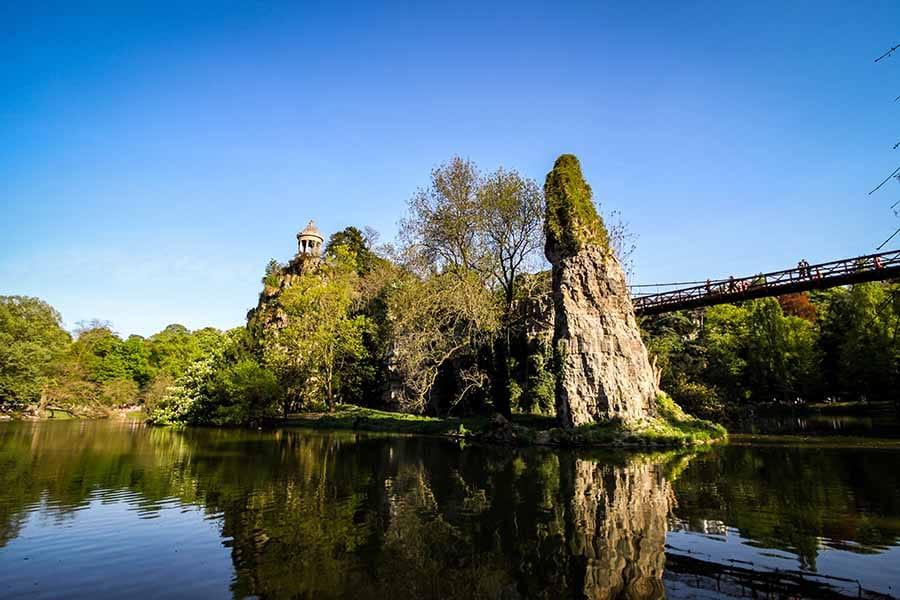 Parc des Buttes Chaumont | Keewego Paris - Laissez-Vous Guider