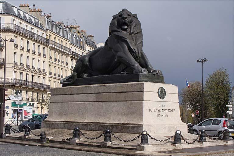 place denfert rochereau, lion de belfort