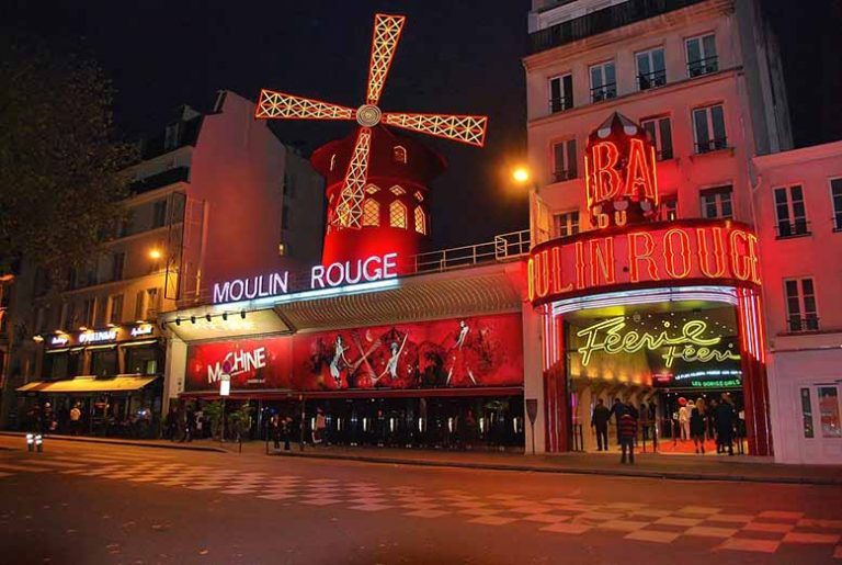 moulin rouge place blanche