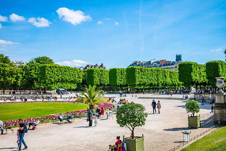 Visiter le quartier latin et le Jardin du luxembourg vue d'ensemble par beau temps