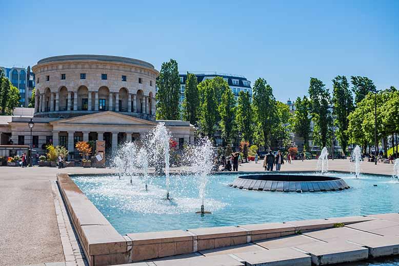 Bassin de la Villette Rotonde et fontaine