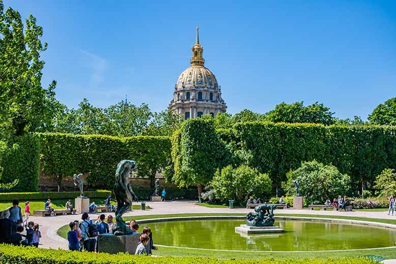 Jardin du Musée Rodin statues fontaine et dome des invalides